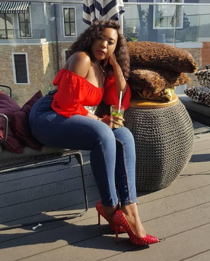 Astounding  Bianca Mina Kaluba 14